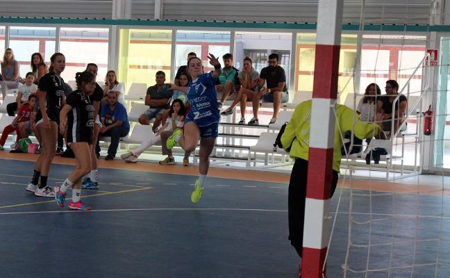 Doce jugadoras del Oviedo Femenino acuden al Nacional de Selecciones Territoriales