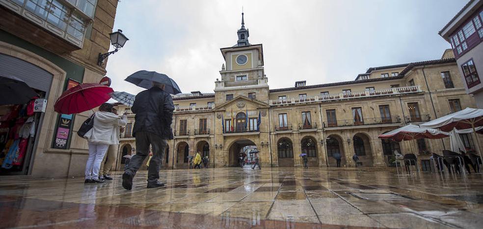 El tripartito de Oviedo aprueba un presupuesto «progresista y social» para 2018