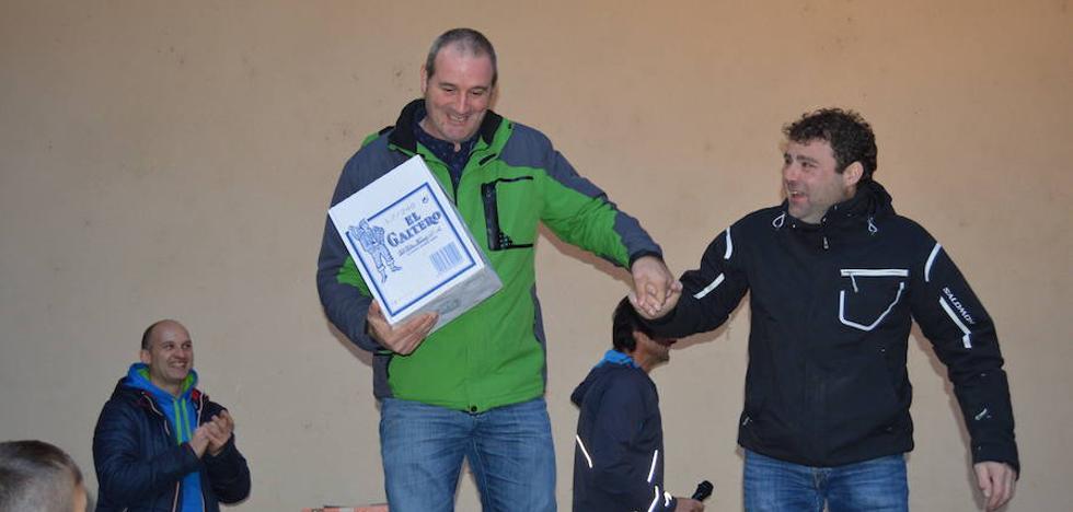 Óscar Buján se proclama ganador absoluto de la San Silvestre de Cangas del Narcea