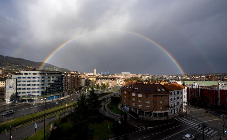 Entre arco iris y tormentas