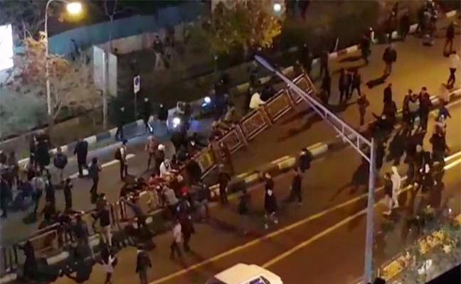 Al menos diez muertos en las protestas en Irán
