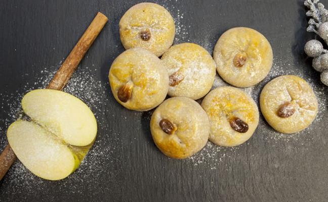 Manzanitas de mazapán rellenas de compota de manzana