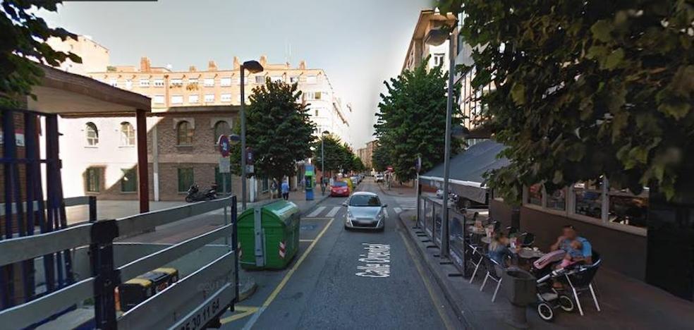 Muere un hombre de 58 años al sufrir un infarto en una cafetería de La Calzada
