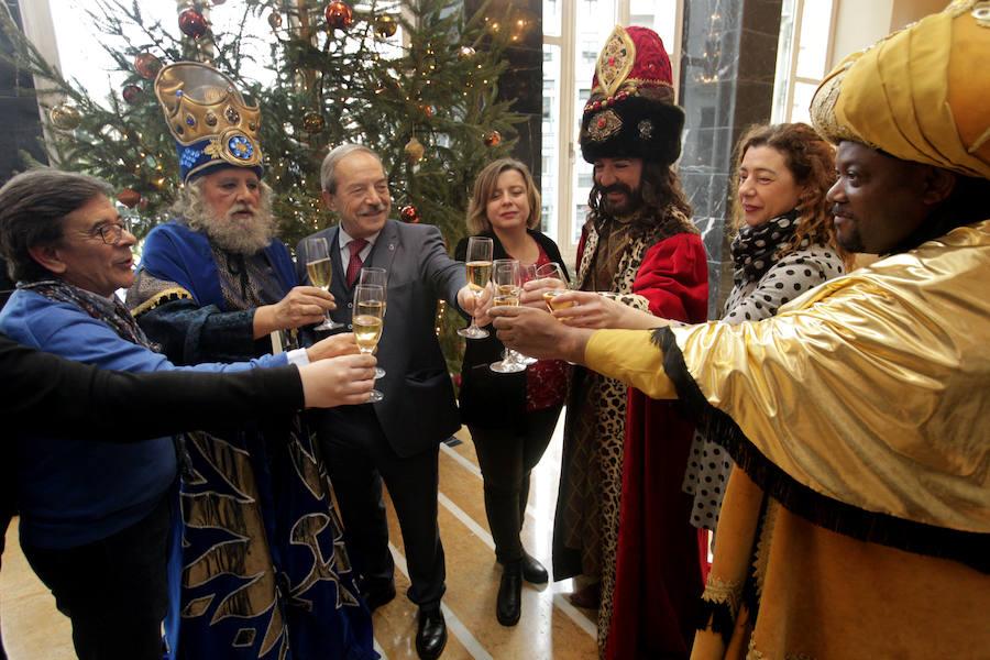 Recepción de los Reyes Magos en Oviedo