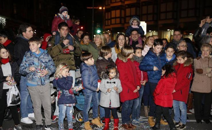 ¿Estuviste en la cabalga de Reyes de Gijón? ¡Búscate!