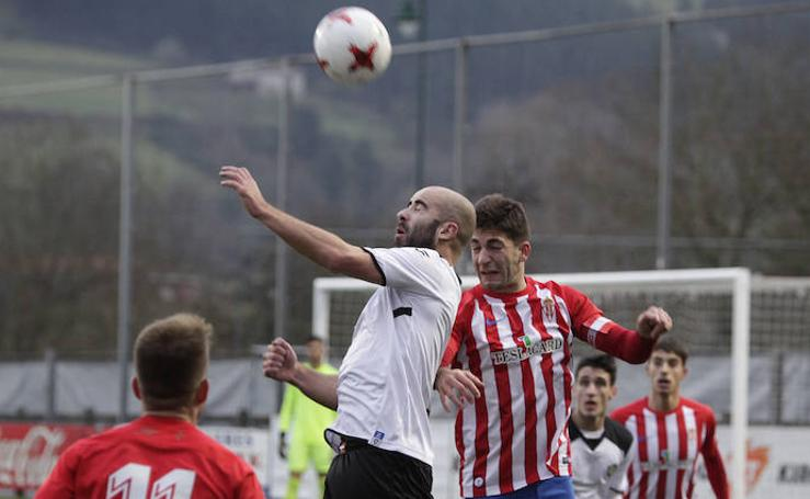 Gernika 3 - 5 Sporting B