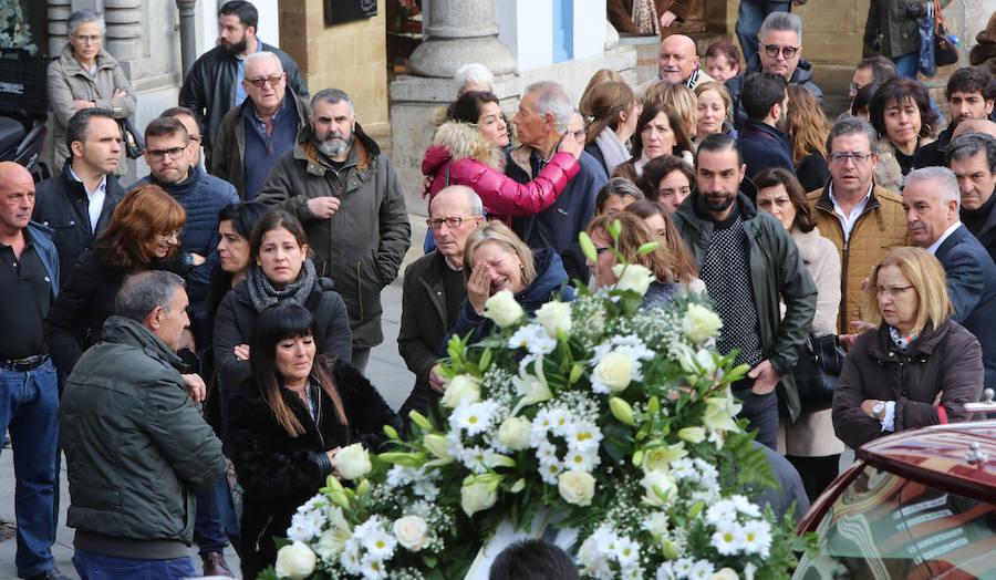Emotivo adiós a Élida Fernández en Avilés