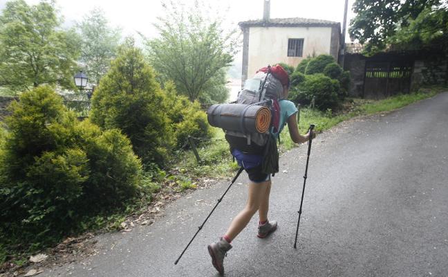 Dos mil peregrinos al año