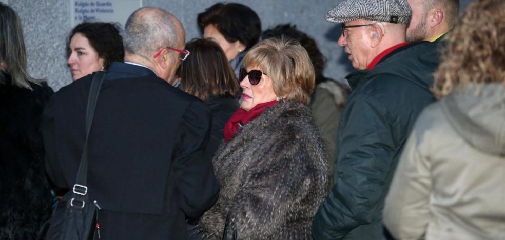 La Policía confirma el ensañamiento del confitero de La Duquesita con su mujer