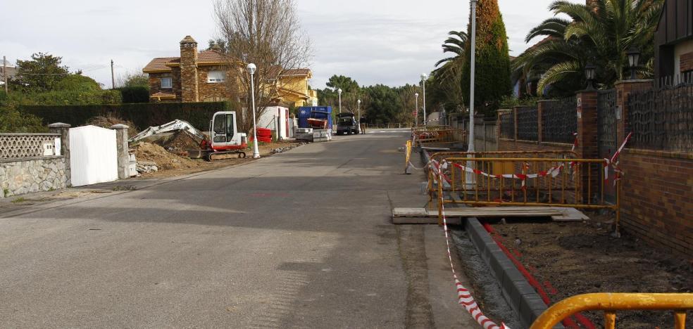 El arreglo de cunetas y los dos parques para perros completan las inversiones del año pasado