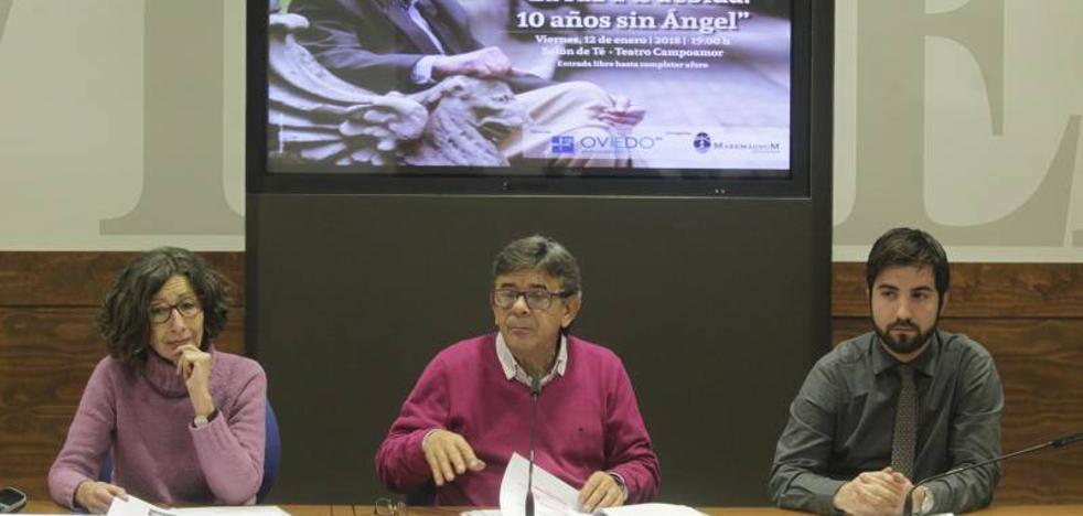 Oviedo homenajea a Ángel González con la lectura de su obra en el Teatro Campoamor