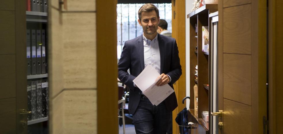 El PSOE quiere que el Pleno fuerce a Moriyón a presentar un presupuesto