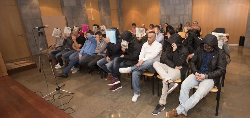 Sesenta años de prisión para 18 acusados de vender droga en locales de ocio de Gijón y Avilés
