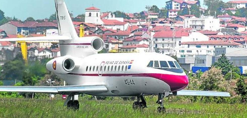El avión del Rey sufrió una alerta por colisión cuando iba a recoger al monarca a San Sebastián