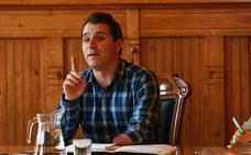 El alcalde de Aller se enfrenta a la inhabilitación en el juicio por prevaricación que comienza el lunes