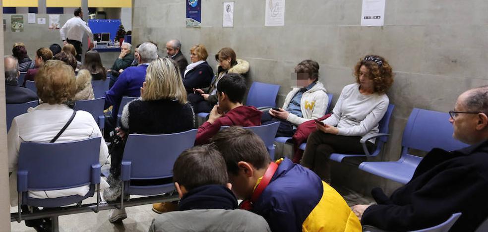 Baja la incidencia de la gripe en Asturias, que deja once muertos
