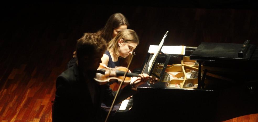 El violín de Maceira y el piano Yaroshinskaia