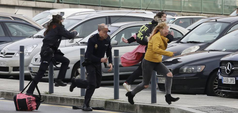 Dos menores fugadas de un centro protagonizan una espectacular persecución en Gijón