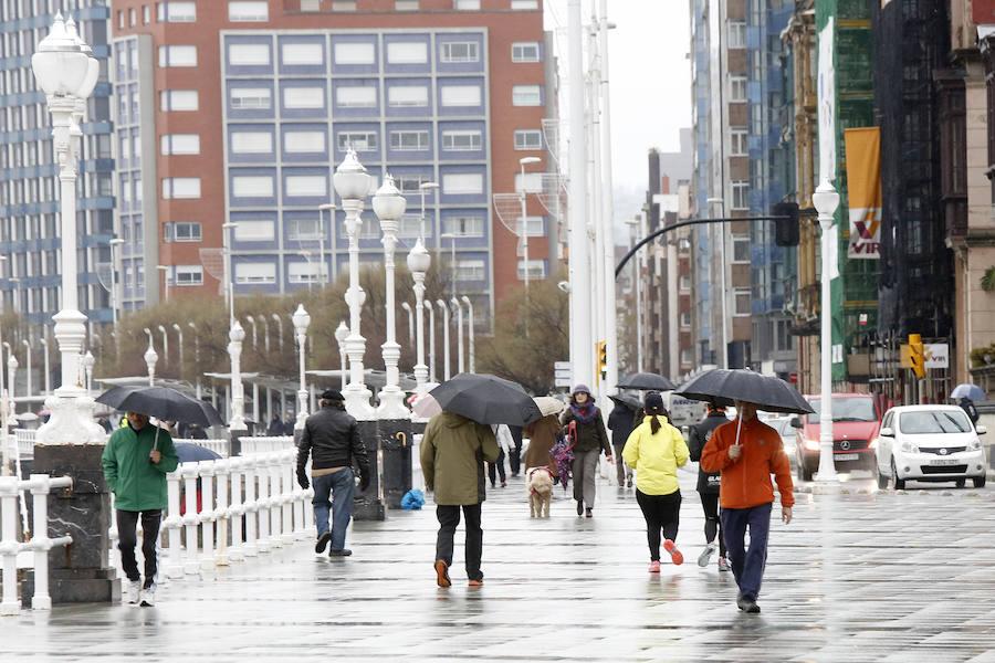 Mal tiempo en Gijón
