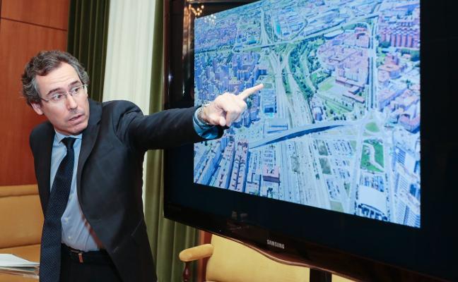 El Ayuntamiento de Gijón reclama «coordinación y unidad» para iniciar el plan de vías este año