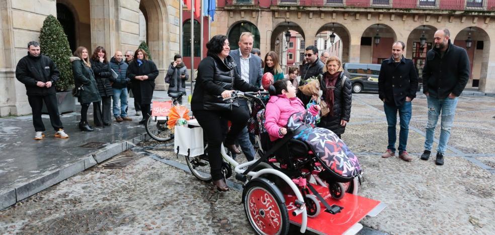 Cocemfe gestiona el servicio de bicicletas adaptadas