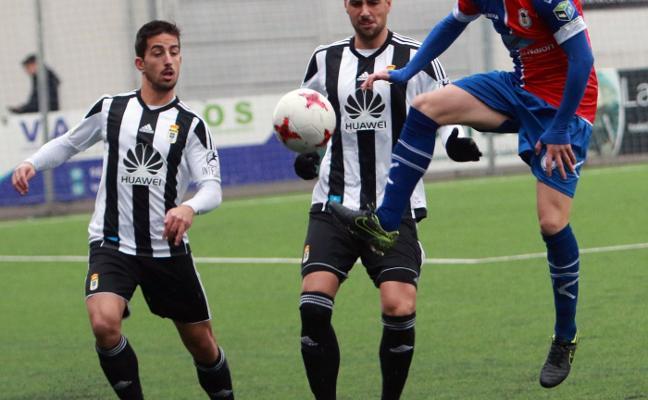 Langreo y Oviedo B dan el nivel en Ganzábal