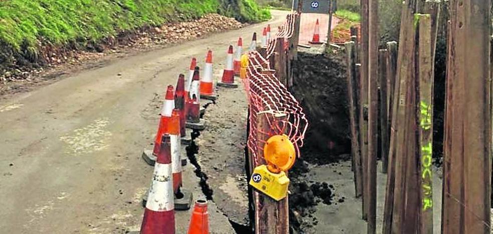 Infraestructuras construirá muros de contención en dos argayos de Piloña