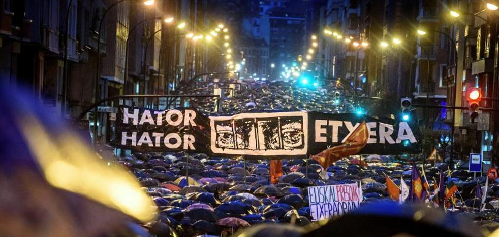 Francia acercará al País Vasco a presos de ETA que están cerca de acabar su condena