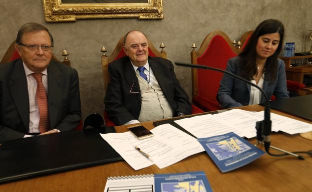 José María Navia Osorio, Masip y Sofía Fernández-Peña.