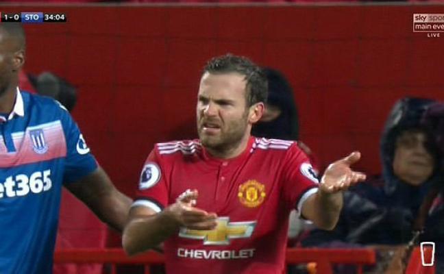 La 'Premier' se rinde al ejemplo de Juan Mata con el juego limpio