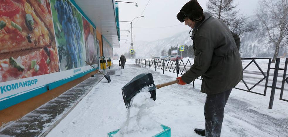 Temperaturas más altas de lo normal en Moscú, pero congelados en Siberia