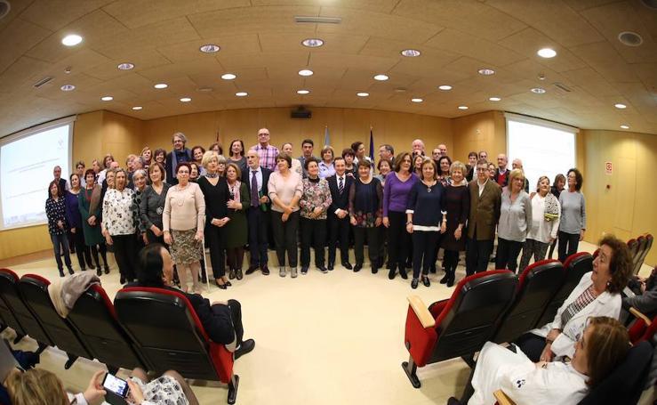 El área sanitaria de Gijón rinde homenaje a los trabajadores jubilados