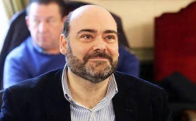El juez da la razón a Caunedo y le da el turno de réplica que le negó el alcalde de Oviedo