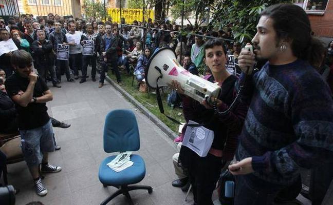 Cargos públicos de Podemos serán juzgados por usurpar 'La Madreña'