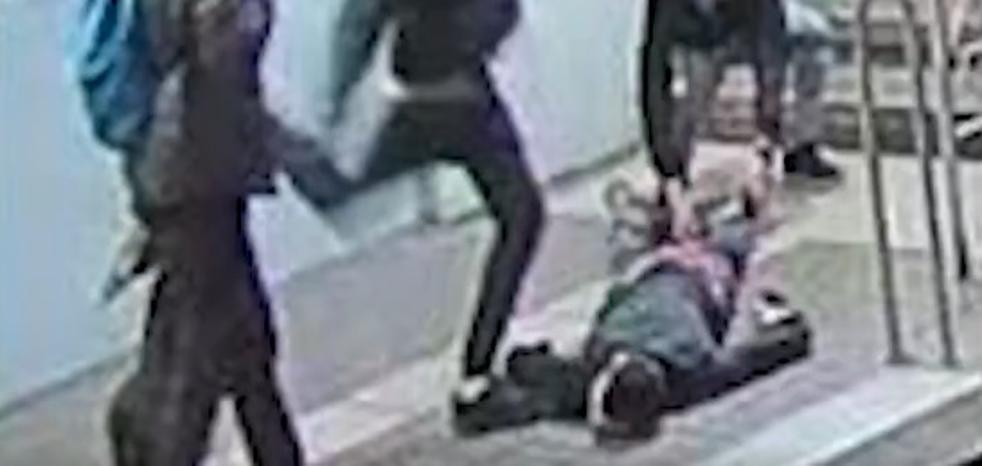 Detenido un joven por la brutal agresión a un hombre en el metro de Barcelona