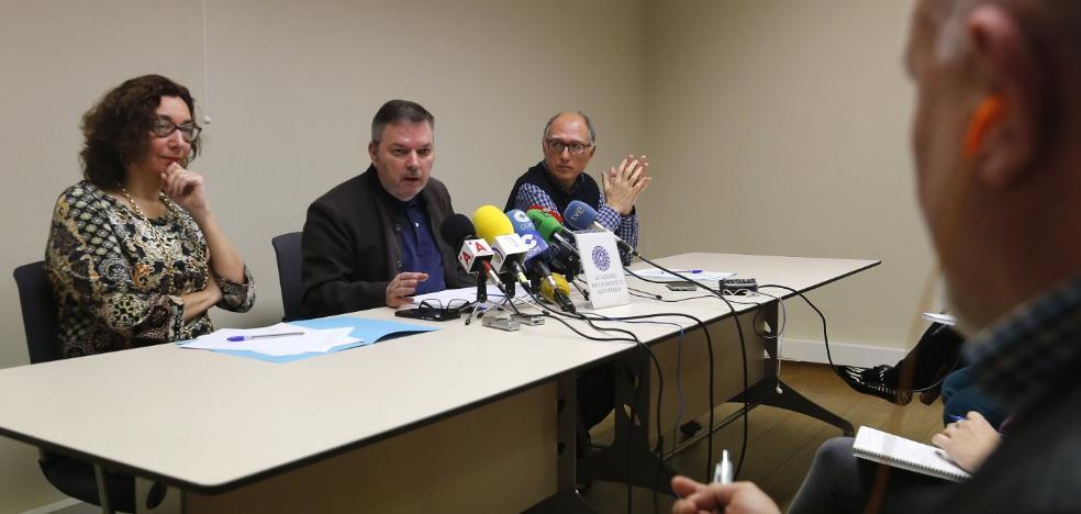 «No pretendemos que los médicos operen en asturiano»