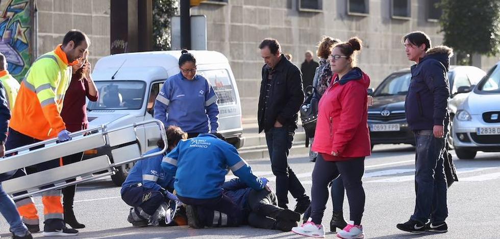Una joven ha resultado herida en accidente en Gijón