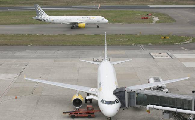 El aeropuerto de Asturias registra el mayor tráfico internacional de su historia