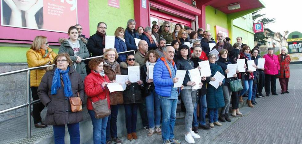 Siete mil firmas pedirán a la SEPI que medie por los trabajadores del economato