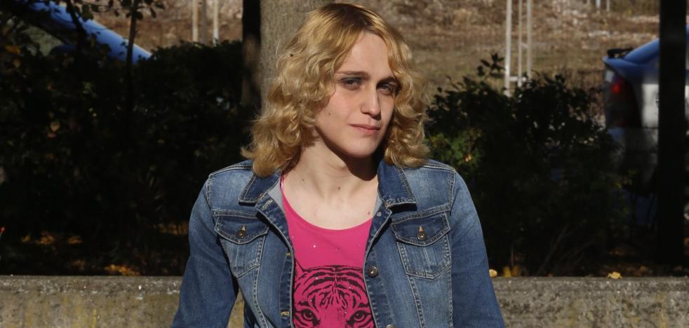 Una jueza deniega el cambio de nombre a la transexual que denunció al Servicio de Salud