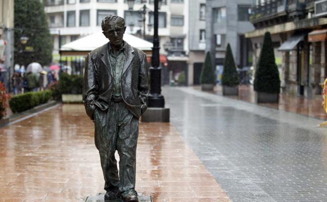 Rubén Rosón: «La escultura de Woody Allen representa toda la labor artística del personaje, no de la persona»