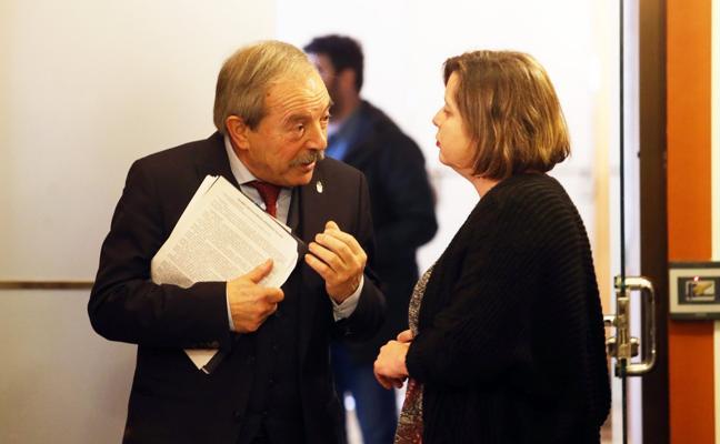 López y Taboada mantienen en público sus discrepancias sobre las bocas de riego