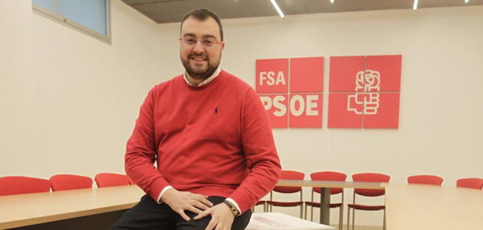 Adrián Barbón: «Hay gente enredando con las primarias y me estoy empezando a cabrear»