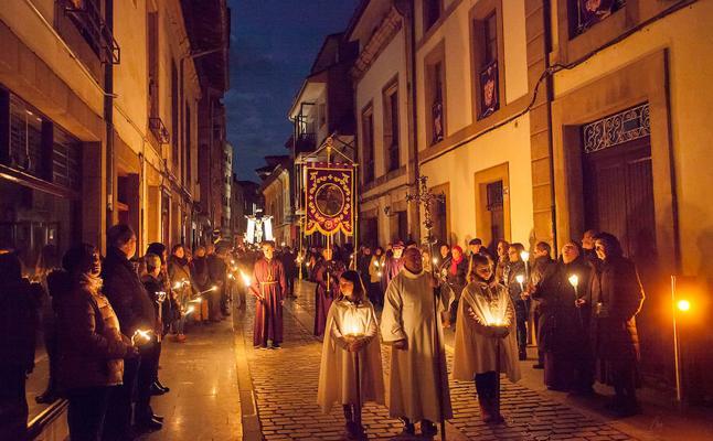 Villaviciosa presenta en Fitur su oferta de turismo cultural y religioso