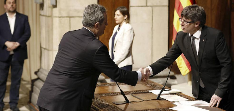 Joaquim Forn renuncia al acta de diputado del Parlamento catalán