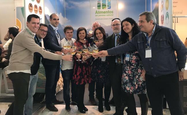 La consejera asegura en Madrid Fusión que toda la manzana asturiana tiene mercado