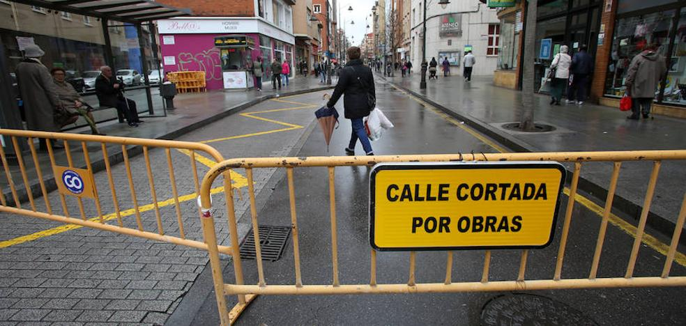 La avenida de la Argentina de Gijón se corta al tráfico el viernes entre las calles Filipinas y Perú