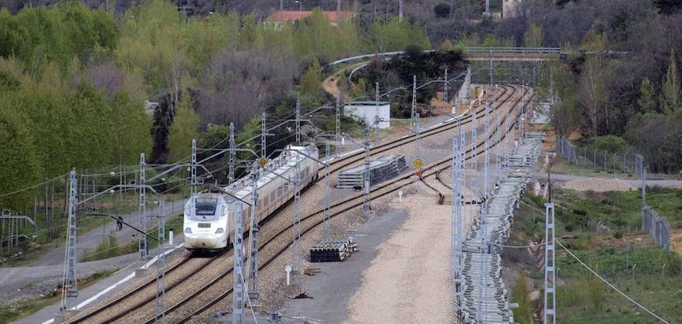 Adif invertirá 49 millones en adaptar el tramo León-La Robla a la alta velocidad