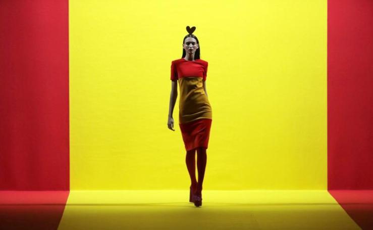 Ágata Ruiz de la Prada desborda patriotismo en la Madrid Fashion Week