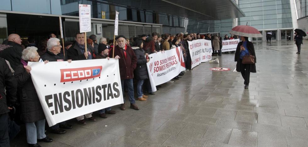 Más de 2.300 pacientes rechazaron en Asturias el traslado a otro centro hospitalario para operarse